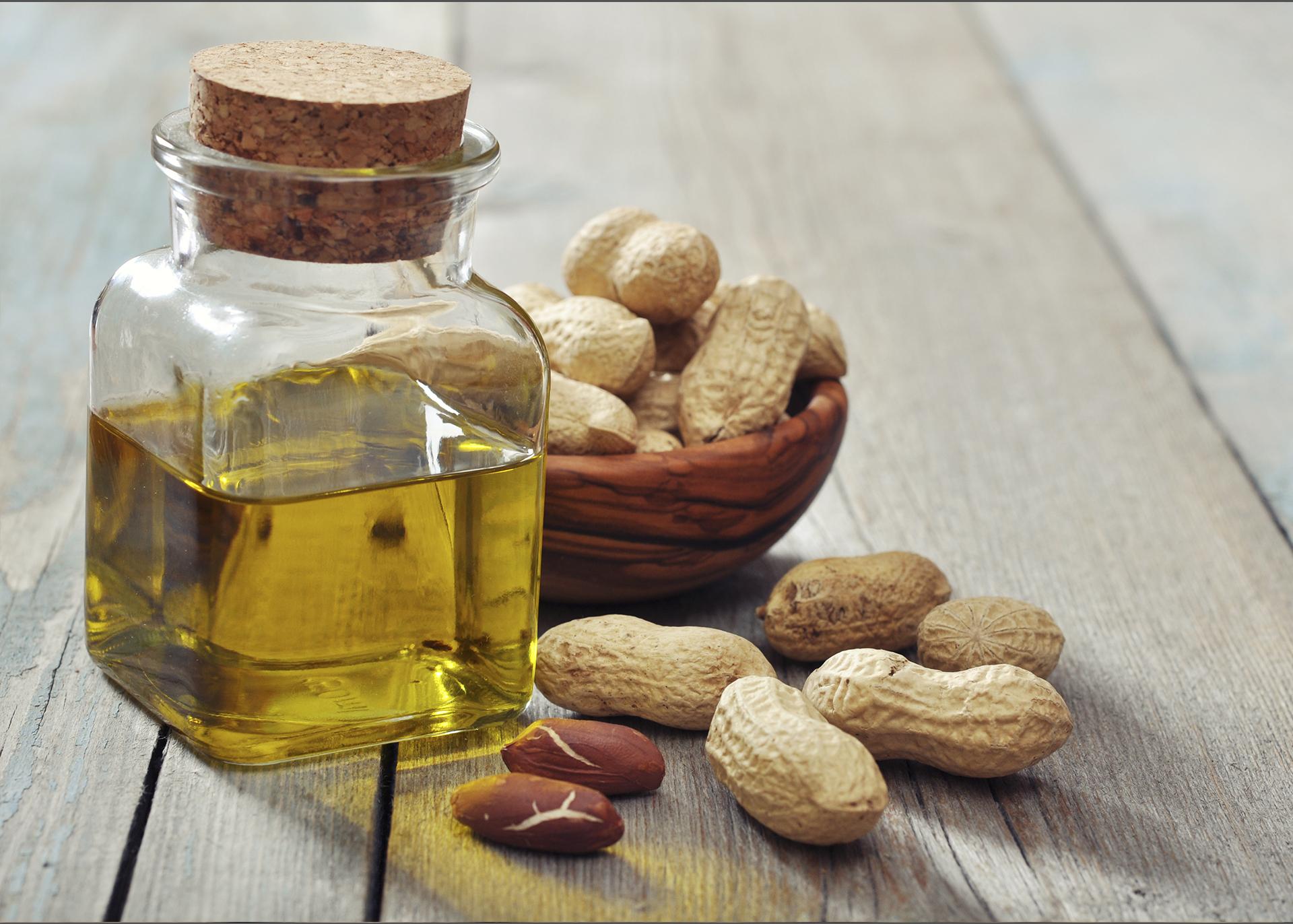 Groundnut-Oil_Henry-Lamotte-Oils