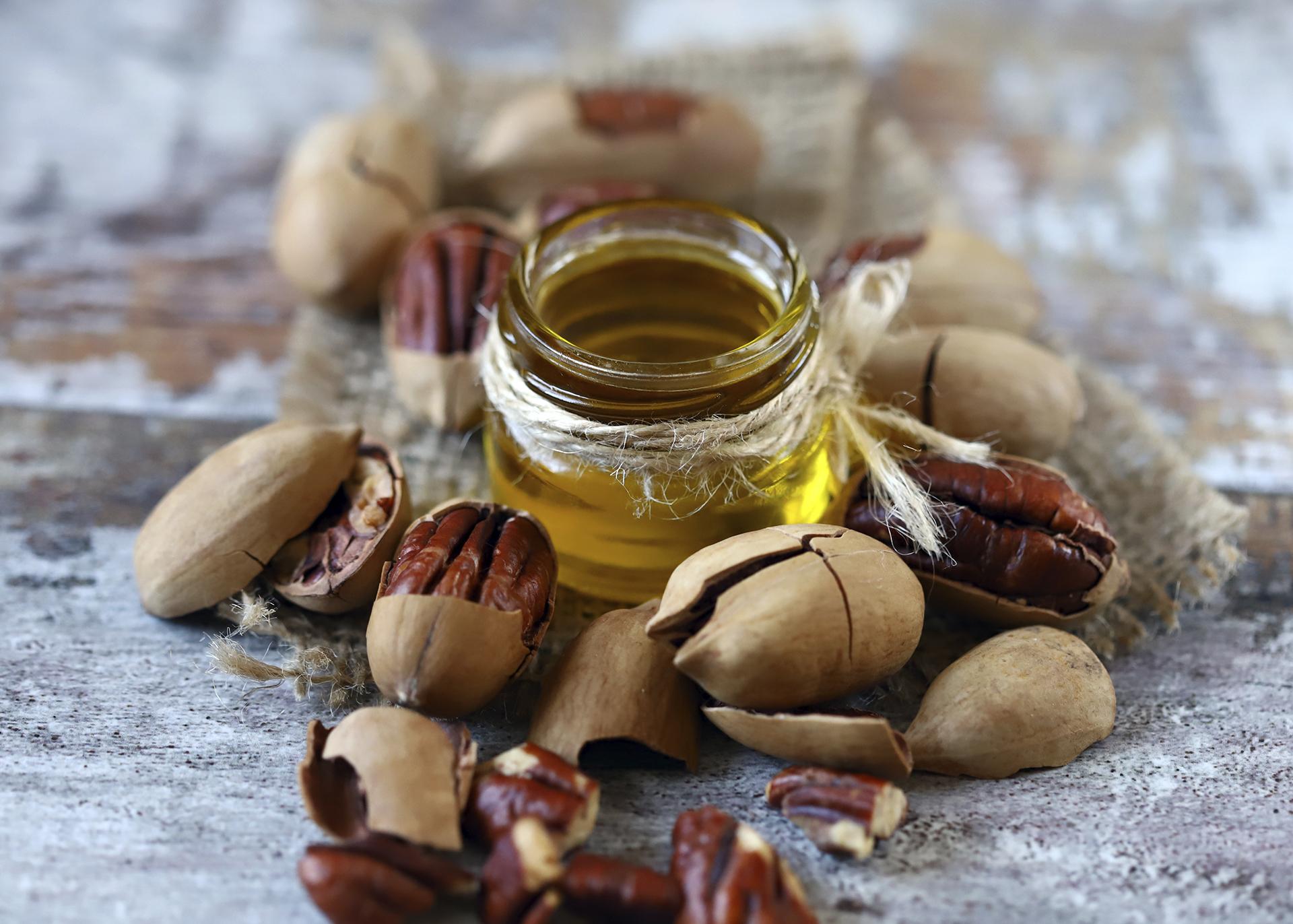 Brazilnut-Oil_Henry-Lamotte-Oils